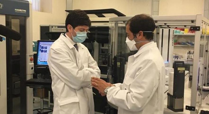 "Covid, Minister Speranza to the Washington Post: ""The Oxford-Pomezia vaccine will arrive before the others"""
